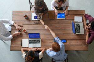 organisatsioonikultuur laua taga